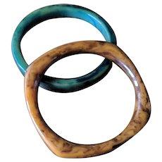 Vintage Marbled Bakelite Bangle Bracelets - Set of 2