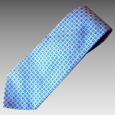 Vintage 1970's Blue and Silver Wide Men's Tie by Oleg Cassini for Field Brothers