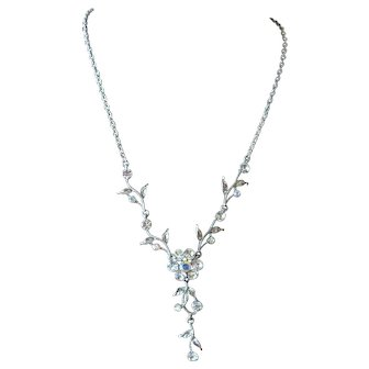 Vintage Articulated Rhinestone Flower Dangle Pendant Necklace