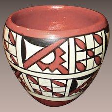 Vintage Jemez Pueblo Indian Pottery Bowl, Artist Signed G. Madalena