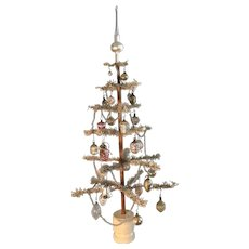 19th Century White Feather Tree - Early Ornaments - BEST