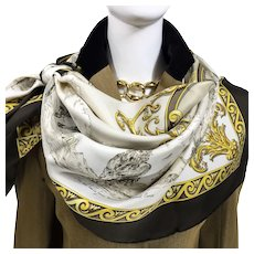 Hermes Silk Scarf Courbettes e Cabrioles (1654) First Issue Beige RARE