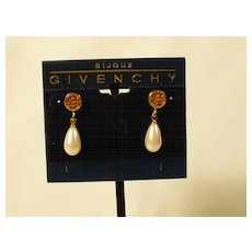 Earrings Designer Givenchy Pierced Imitation Pearl - SALE