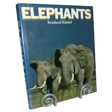 Elephants by Reinhard Kunkel
