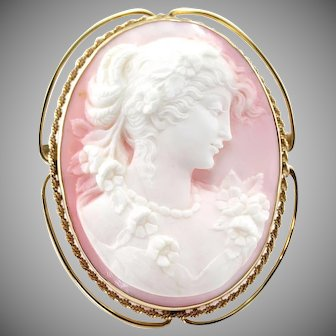 """Vintage Extra Large Carved High Relief Pink Cameo 14K Gold Pendant Brooch, 2"""" x 1 ¾"""""""