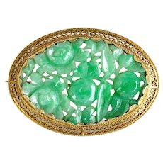 Vintage 14K Gold Art Deco Apple Green Natural Carved Jadeite Jade Filigree Brooch