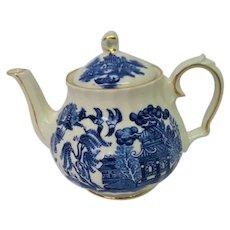 Sadler Blue Willow Decorated Tea pot