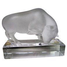 Lalique Frosted Bull on Pedestal