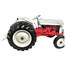Die Cast 1953 Ford Jubilee Tractor toy Model with Original Box