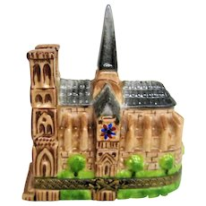 Hand Painted Limoges Notre Dame Cathedral Porcelain Trinket Box