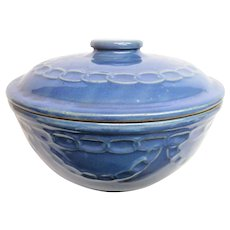 Blue Chain Link Western Ware Covered Bowl