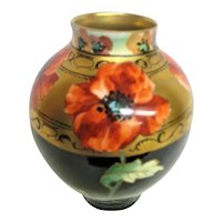 Hand Painted Pickard Poppy Vase