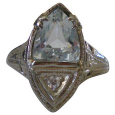 C1925 18K Gold  Aquamarine Diamond Filigree Ring