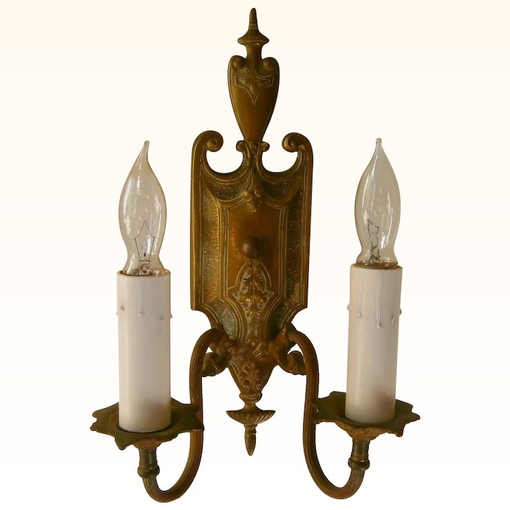 Pair Elegant Antique Federal Style Brass Wall Sconce Light Fixtures