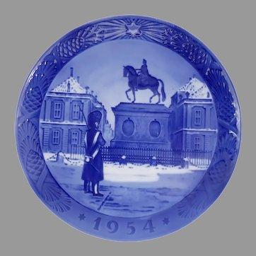 1954 Royal Copenhagen Christmas Plate Perfect