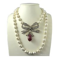 1970's Chanel Rhinestone and Pearl Bow Necklace