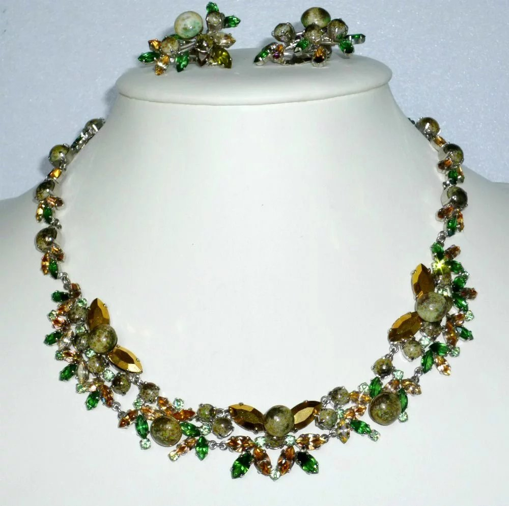 Bijoux Vintage Christian Dior : Christian dior necklace and earrings signed