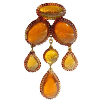 Honey Amber Resin Dangling Pin Brooch executed by the Workshop of Line Vautrin