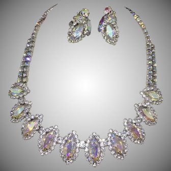 WEISS AB marquise stones necklace and earrings set