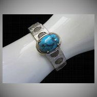 Vintage Faux Turquoise and Silver Tone Mesh Bracelet ~ REDUCED ~ 1/2 OFF!