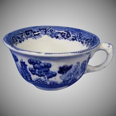 Old Buffalo Pottery Blue Willow Cup, Early 1900's