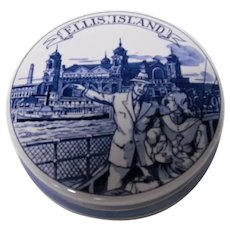 Blue Delft Ellis Island Lidded Dish, Royal Goedewaagen