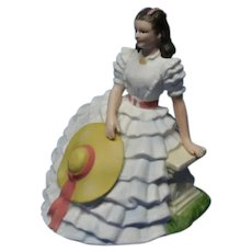 Avon Images of Hollywood Figurine, Scarlett O'Hara in Gone With The Wind Collectible