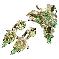 Weiss Green Rhinestones Faux Pearl Floral Cluster Pin Earrings Set