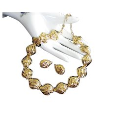 Trifari Gold Tone Waves Necklace and Earrings Set