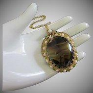 West Germany Dark Green and Topaz Glass, Peridot and Faux Pearl Pendant Necklace