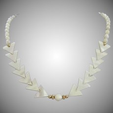 Vintage Hand Strung Mother of Pearl Beaded Necklace ~ ON SALE! ~