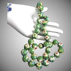 Chinese Cloisonne Enamel Bead Vintage Necklace in Green Floral Design
