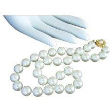 Faux Pearl Single Strand Shorter Necklace