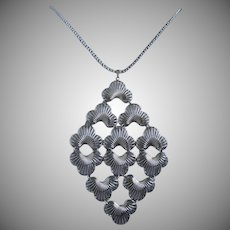 Articulating Silver Tone Fans Necklace