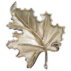 Trifari Elegant Gold Tone Leaf Pin Brooch