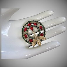 Holiday Rhinestone Christmas Wreath Pin Brooch