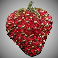 Red Rhinestone Strawberry Fruit Vintage Pin Brooch