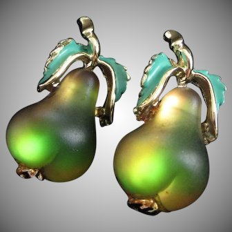 Pair of Glowing Forbidden Fruit Ripening Pears Scatter Pins
