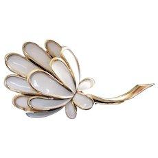 Trifari White Enamel Flower Vintage Pin Brooch