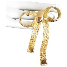 Vintage Hammered Gold Tone Bow Pin Brooch