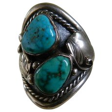 Vintage Hand Crafted Signed Native American Turquoise and Sterling Silver Ring