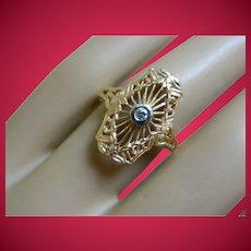 Vintage 14 k Yellow Gold Diamond Filigree Ring