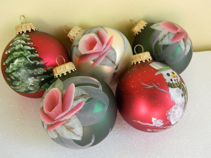 Vintage Hand Painted Glass Christmas Ornaments Set Of 5 Lady