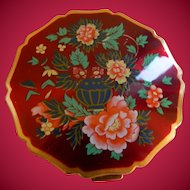 Mid 1960s To Early 1970's Woman's Sratton Powder Compact. Made In England