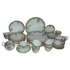 Spode Eloise Pattern Bone China Dinnerware, 43 Piece Set