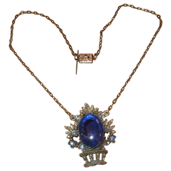 "Vintage Costume Pendant Necklace with Blue ""Jelly Belly"" Stone"