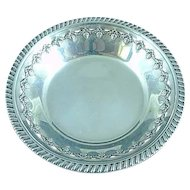 """Reed & Barton Sterling Silver 6"""" Bowl Chased Berry Border #X473, c. 1949"""
