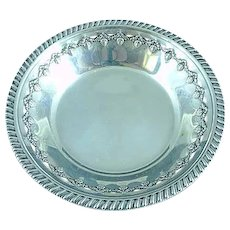 "Reed & Barton Sterling Silver 6"" Bowl Chased Berry Border #X473, c. 1949"