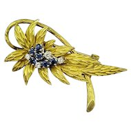 Stunning 18k Gold Leaf Cluster Brooch Pin This Diamond & Sapphire Center