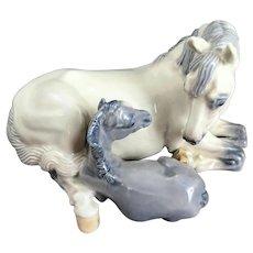 Rare Royal Copenhagen Horse Figurine Mare and Foal #4698